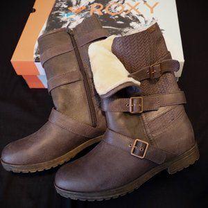Roxy Boots- Brand New